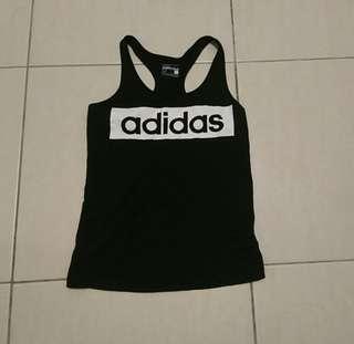 Adidas運動背心