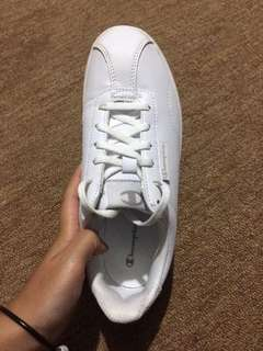 Sneaker white women