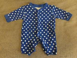 Bodysuits/onesie (size newborn 3.4kg)
