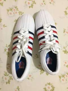 Sepatu K Swiss Hoke C CMF
