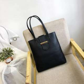 [PO] Leather tote bag