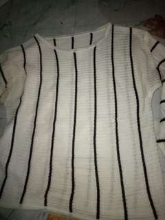 Sweater garis2