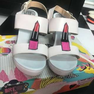 Lipstick heels wedges sepatu