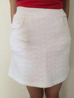 Uniqlo A-line skirt teen/kids