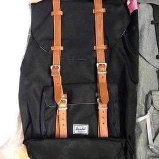 Herschel Little America 23.5 L Backpack 🎒