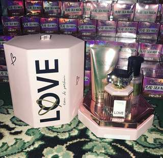 """Victoria Secret """"LOVE"""" gift set"""