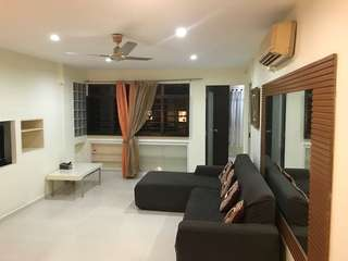 Blk684A 4A corner for sale near yew tee MRT