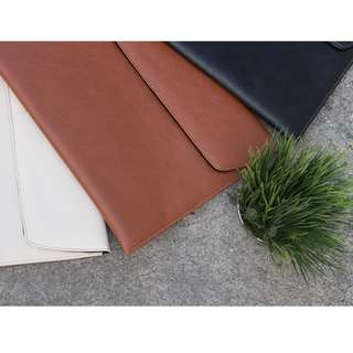 UltraSleeve Slim (Leather Laptop Case)