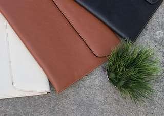 UltraSleeve Slim (Leather Laptop Case)