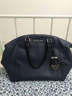 Pre❤️Michael Kors Riley Satchel Handbag