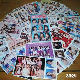 AVAILABLE TWICE POSTCARDS WITH MINI POKER CARDS