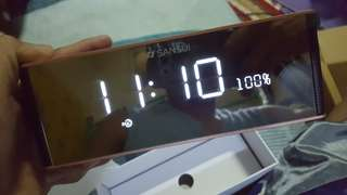 bluetooth speaker digital clock and alarm