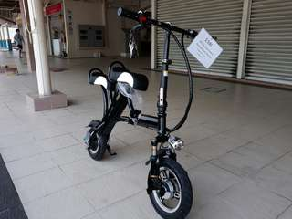 Scooter with seats