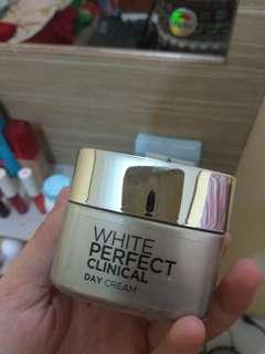 L'oreal White Perfect Clinical (DAY CREAM)