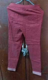 🚚 紅色內搭褲