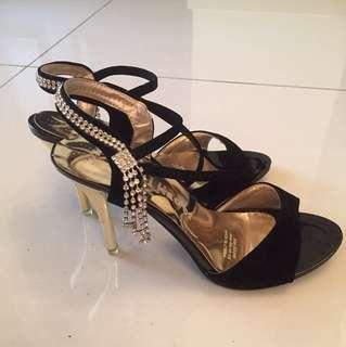 BN Ladies Heels Size 39
