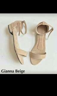 Gianna Sandal