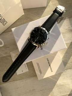 原裝Armani 阿瑪尼手錶 新款時尚皮帶三眼商務男錶 黑色 AR0431錶盤直徑 45mm,時尚潮流男士的魅力表現😍,淡雅灑脫, 簡約而不簡單,彰顯風範尊貴氣質🌹多重計時,盡顯阿瑪尼精品風格。