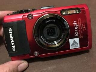 2nd hand Olympus TG4 water proof digital camera