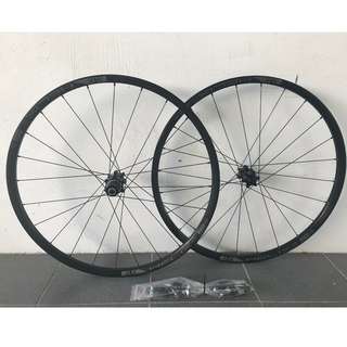 (Instock)Custom Build  FASTace DA25  (120 Engagement with 6 pawls ) Super Loud sound/Smoot/Light weight Wheelset with Sun Ringle Helix TR25SL Rims (27.5er) # Tubeless Ready #