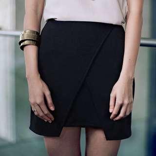(S) Hollyhoque Origami Skirt in Black