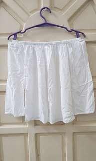 White offshoulder blouse
