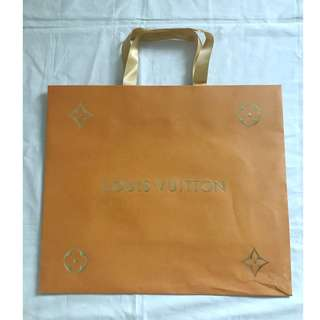 Louis Vuitton LV medium size shopping bag 名牌購物紙袋
