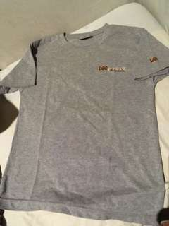 Tshirt Lee