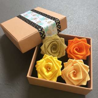 (Buy 3 Get 1 Free) Handsewn Ribbon Rose Brooch Set