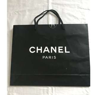 Chanel small size shopping bag 名牌購物紙袋