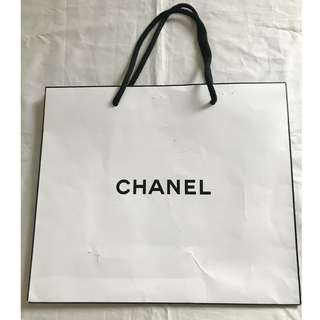 Chanel white small size shopping bag 名牌購物紙袋