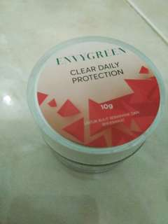 Envy Green Clear Sun Protection (kemasan Baru)
