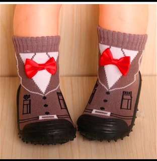 Toddler baby socks with soft bottom sole