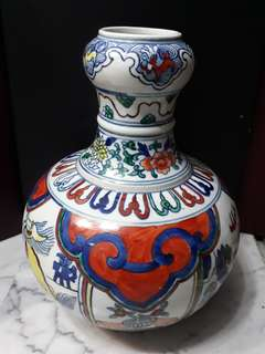 "(offer item $200) Old Porcelain Vase 12""老彩绘陶瓷花瓶"