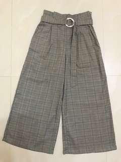Preloved dark brown checker long loose pants