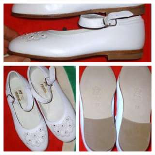 ((NEW)) - SIZE 10 - White Italian Leather SHOES For Girls