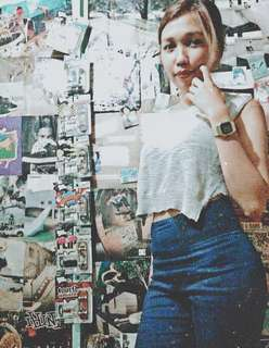 F21 Distressed Cropped