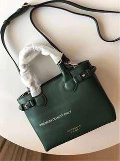 Burberry Bag Banner - green