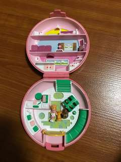 💯 % complete - polly pocket button's animal hospital from bluebird 1989