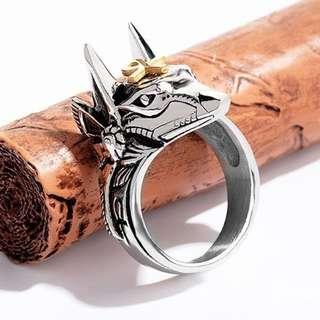 《 QBOX 》FASHION 飾品【R100N626】精緻個性埃及阿努比斯十字架鈦鋼戒指/戒環