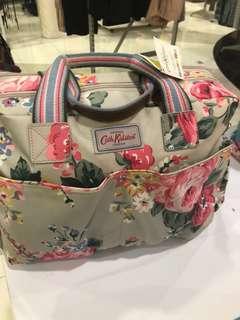 Tas untuk bayi (nappy bag)