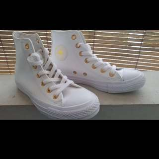 Converse Chuck Taylor Womens White Gold High