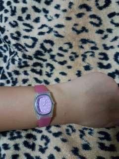 Q&Q Pink Rubber Strap Watch
