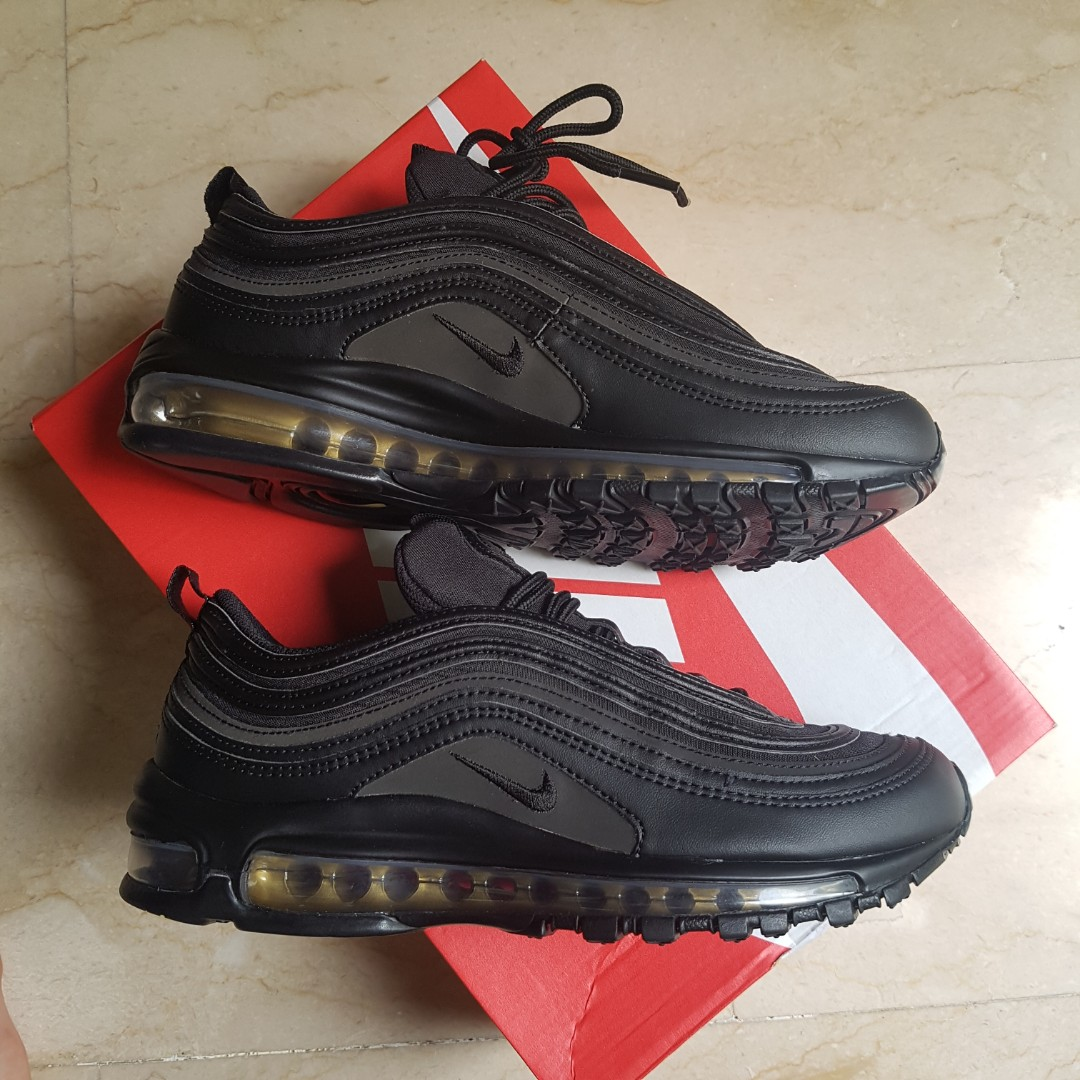 Air Max 97 Black Friday 2017 Nike, Men's Fashion, Footwear