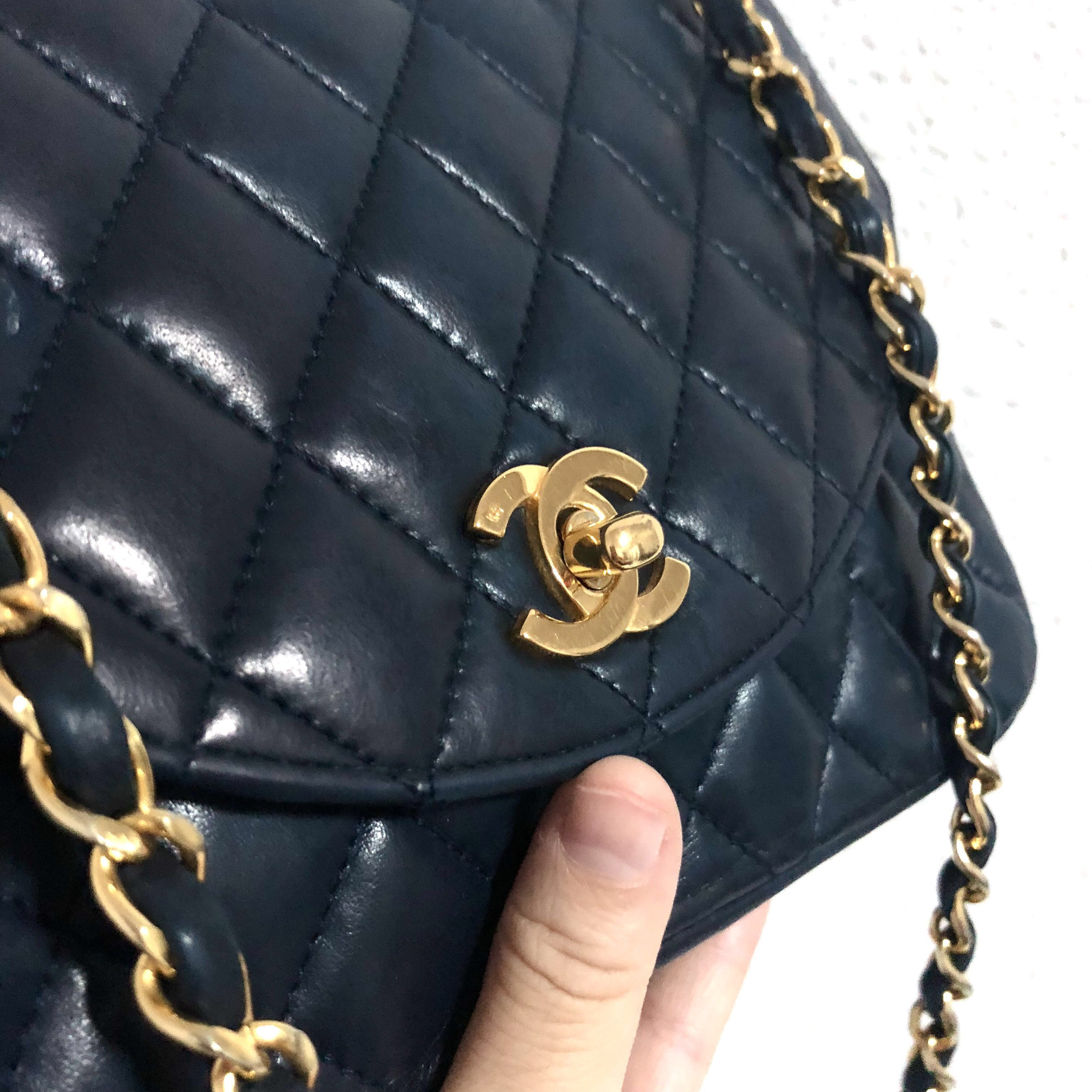5bc5ec5efafe06 Authentic Chanel Navy Blue Puffy Lambskin Quilts Crossbody Bag ...