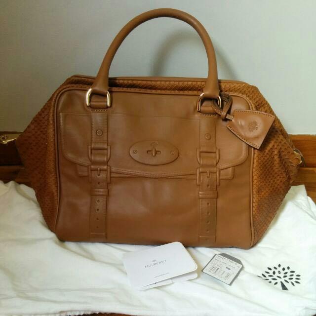 bb47a4d434f4 Authentic Mulberry Maisie Clipper Bag