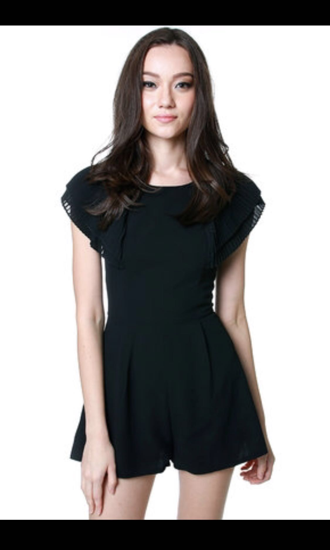 696072a2e50 FSO - MDS Pleated Sleeves Romper in Black