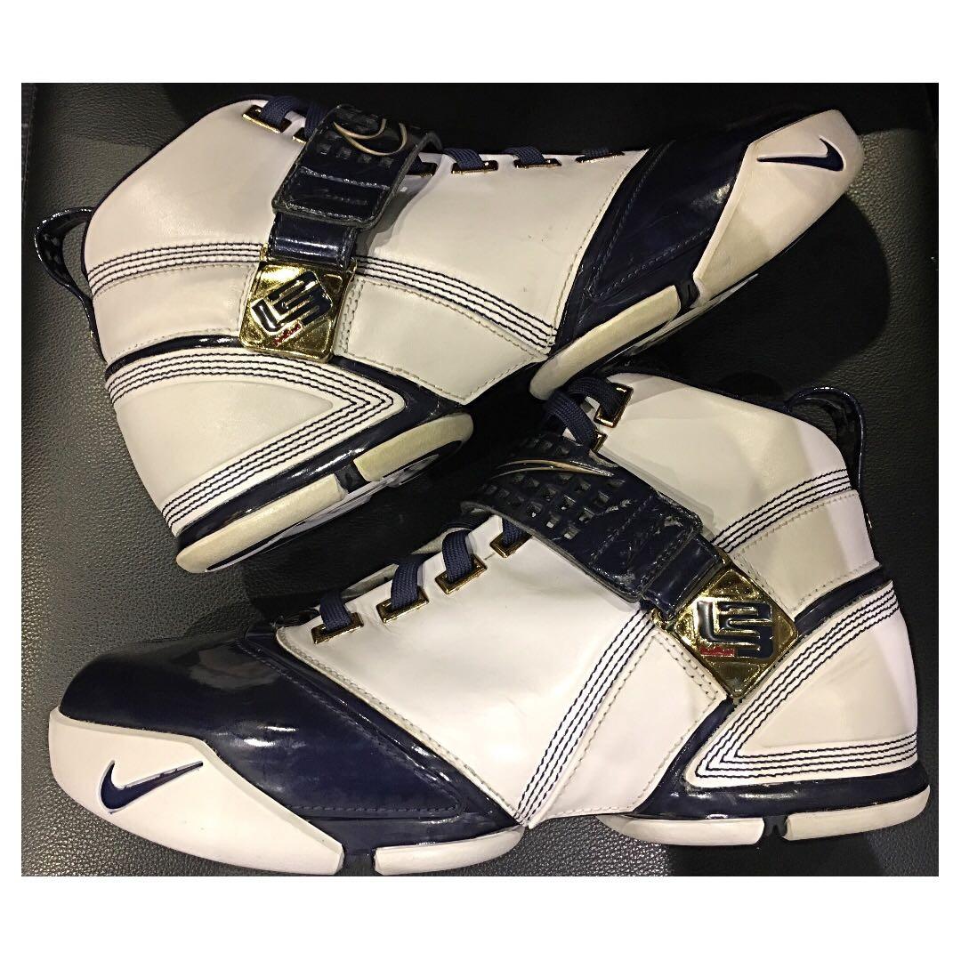 835b5ca310e Nike Zoom Lebron V 5