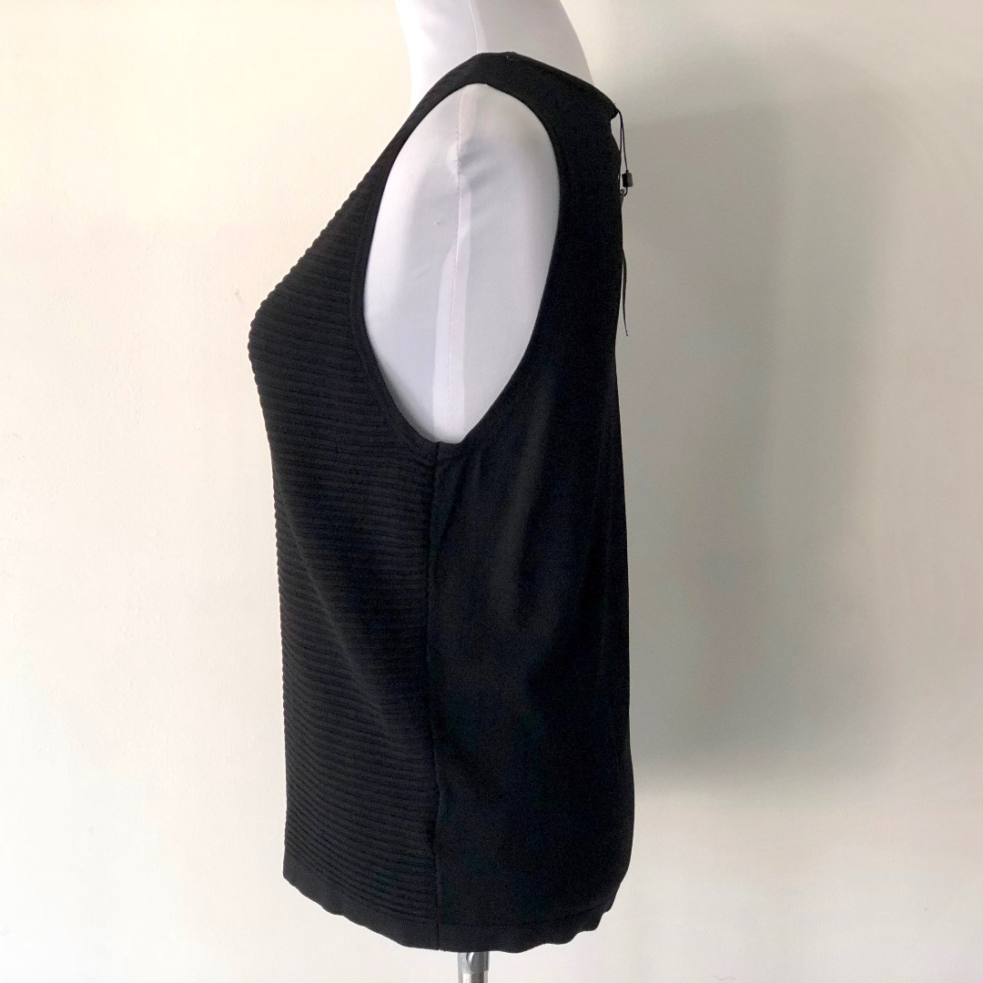 Portmans Sleeveless Fine Knit Vest Size L - Brand New with Tags