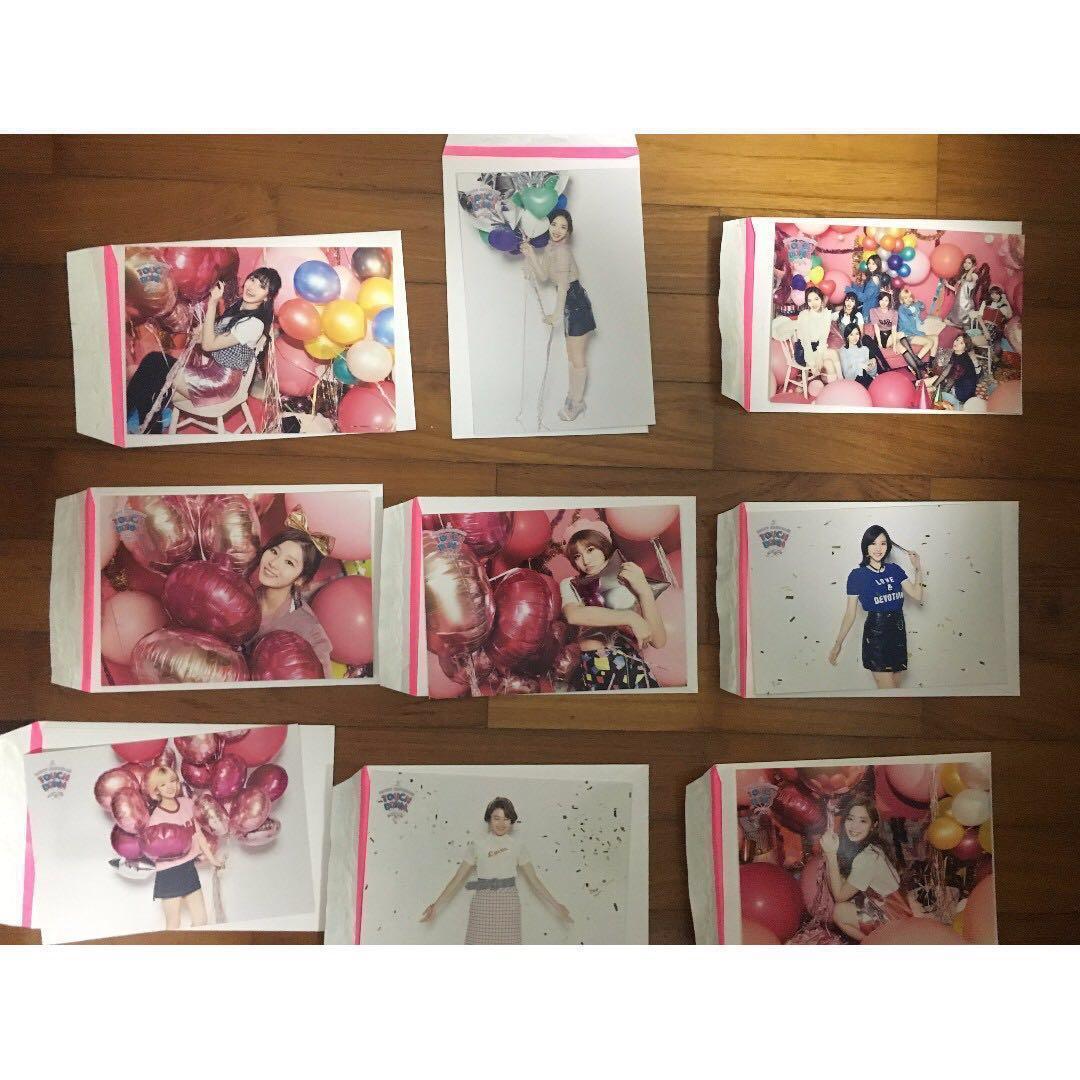 WTS] Twice Touchdown Japan Postcards, Entertainment, K-Wave